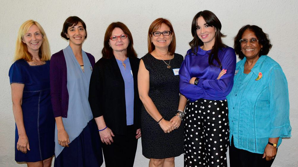 From left to right:  Elizabeth Parker, AAUW Puerto Rico Co-President, Tara Rodriguez, Maria del Carmen Gil, Dra. Melween Martínez, Sarai Santiago, Juanita Morris, AAUW Awards Luncheon chairperson.